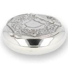 Solid Pewter Snuff Box Ornate Scroll with engraving plaque 3651