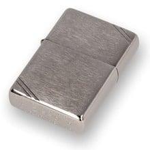 230 Vintage Brushed Chrome Fin Zippo Lighter
